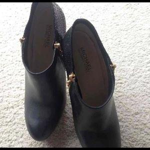 Michael Kors Black York Double Side Ankle Booties.